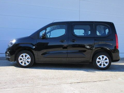 Opel Combo Life 7 Zetels !!! Euro 6d, 1.5 diesel , Navi ,auto airco , cruise controle , veiligheidssystemen,... 2/23