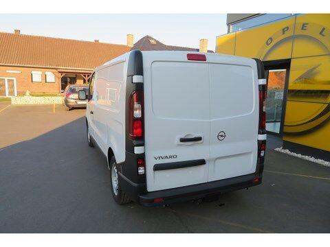 Opel Vivaro 1.6 Edition L1H1, Navigatie ,Airco , Parkeersensoren , trekhaak , USB, BT ,cruise control . 7/19