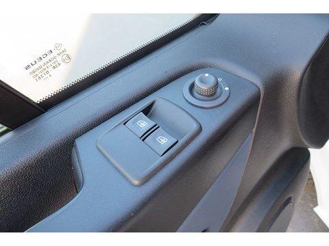 Opel Vivaro 1.6 Edition L1H1, Navigatie ,Airco , Parkeersensoren , trekhaak , USB, BT ,cruise control . 15/19