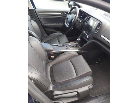 Renault Megane Grandtour Bose Edition Tce 130 EDC + leder + Night Pack + Easy Parking Pack 3/17