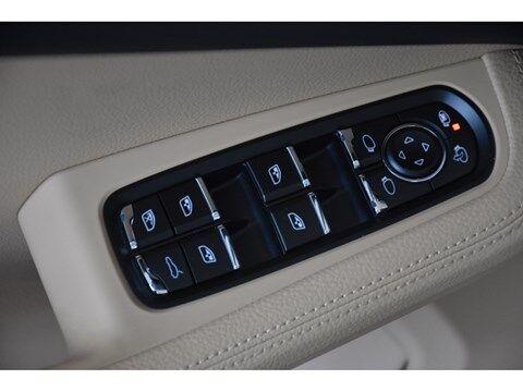 Porsche Macan S 3.0B * AUTOMAAT * PANO DAK * LEDER * 25/26