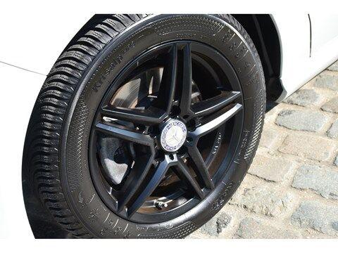 Mercedes CLA 180 Shooting Brake 1.6B SCORE URBAN * NAVI * EXTRA SET WINTERWIELEN * 10/24
