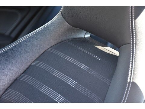 Mercedes CLA 180 Shooting Brake 1.6B SCORE URBAN * NAVI * EXTRA SET WINTERWIELEN * 19/24