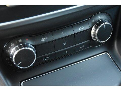 Mercedes CLA 180 Shooting Brake 1.6B SCORE URBAN * NAVI * EXTRA SET WINTERWIELEN * 23/24