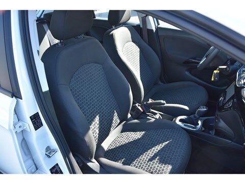 Opel Corsa 1.4i Edition Autom./Navi/Park.sens.V+A 6/25