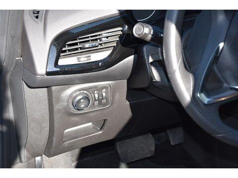 Opel Corsa 1.4i Edition Autom./Navi/Park.sens.V+A 10/25