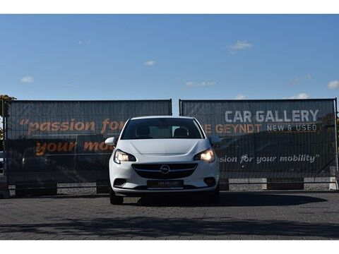 Opel Corsa 1.4i Edition Autom./Navi/Park.sens.V+A 18/25