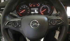 Opel Crossland X X