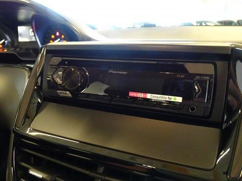 Peugeot 208 Like 1.2 PURETECH 68 PK 13/16