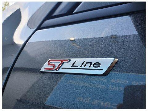 Ford Kuga PLUG IN HYBRIDE // ST LINE X // 225PK 24/31