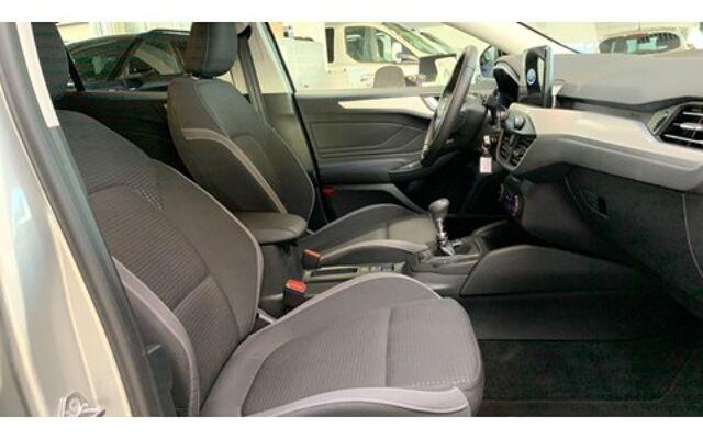 Ford Focus * New Focus - Ecoboost - Garantie tot 03/2023 *