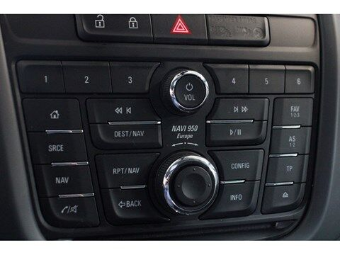 Opel Zafira Tourer 1.6 Cosmo 136PK **Parkeersensoren+camera** 14/18