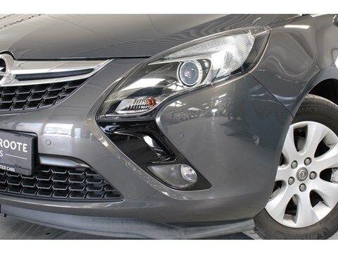 Opel Zafira Tourer 1.6 Cosmo 136PK **Parkeersensoren+camera** 17/18