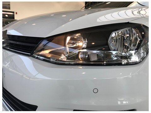 Volkswagen Golf VII Allstar M6 110PK