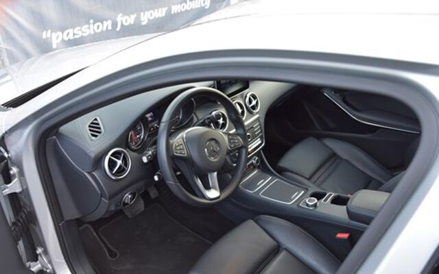 Mercedes A 200 Autom. /Leder/Navi./Cam./Xenon/Zetelverw./Winterkit