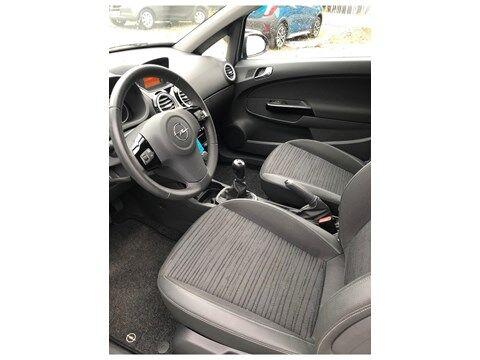 Opel Corsa Enjoy 1.2 benzine 3deurs Airco cruisecontrol 13 maanden garantie