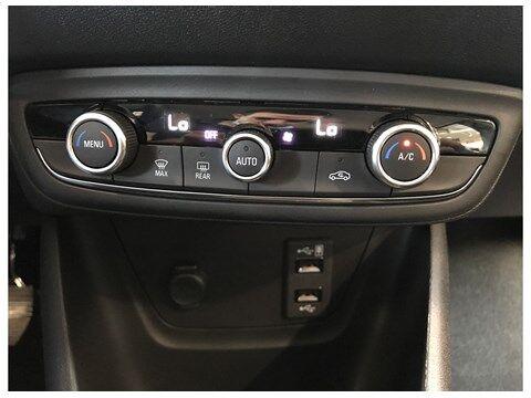 Opel Crossland X Crossland X Innovation 12T M6 110PK S&S