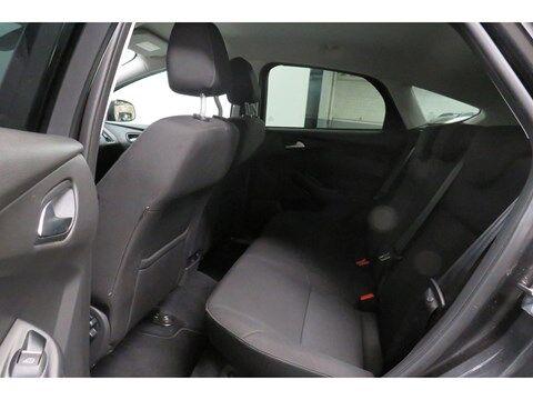 Ford Focus 1.0 i EcoBoost 235€ x 60M sans acompte !