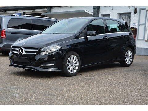 Mercedes B 180 AUTOMAAT-NAVI-PDC VOOR + ACHTER ENZ