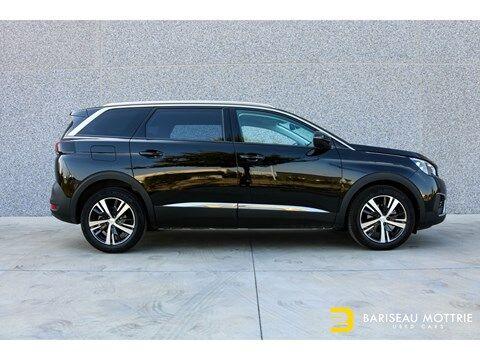 Peugeot 5008 1.5 HDI ALLURE *BTW AFTREKBAAR*7-ZIT*AUTOMAAT*GPS*SENSOREN*AIRCO*ALU BI COLOR*