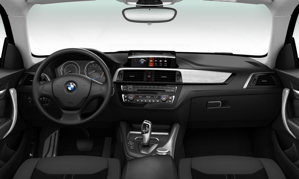 BMW 118 3-door 2/2