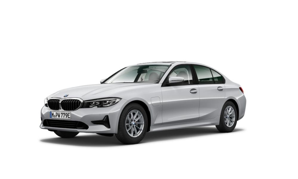 BMW 330 Saloon 1/2