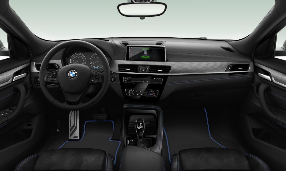 BMW X2 sDrive16d 2/2