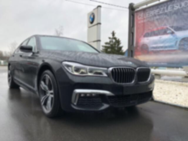 BMW 730 Saloon