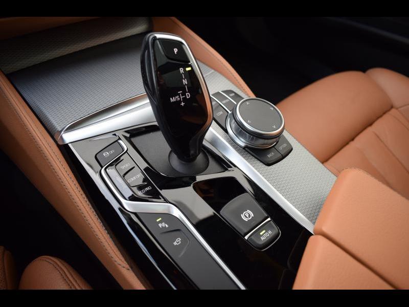 BMW 5 Series 30i 21/30
