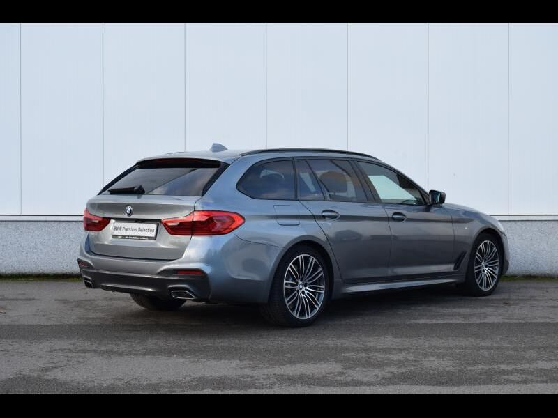 BMW 5 Series 30i 2/30