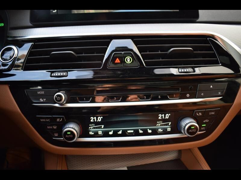 BMW 5 Series 30i 25/30