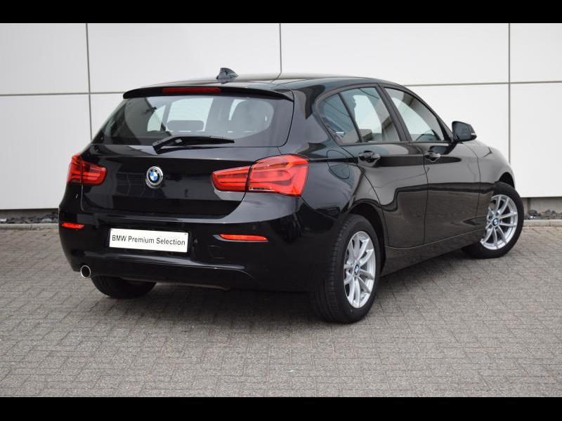 BMW 1 Series i 2/9