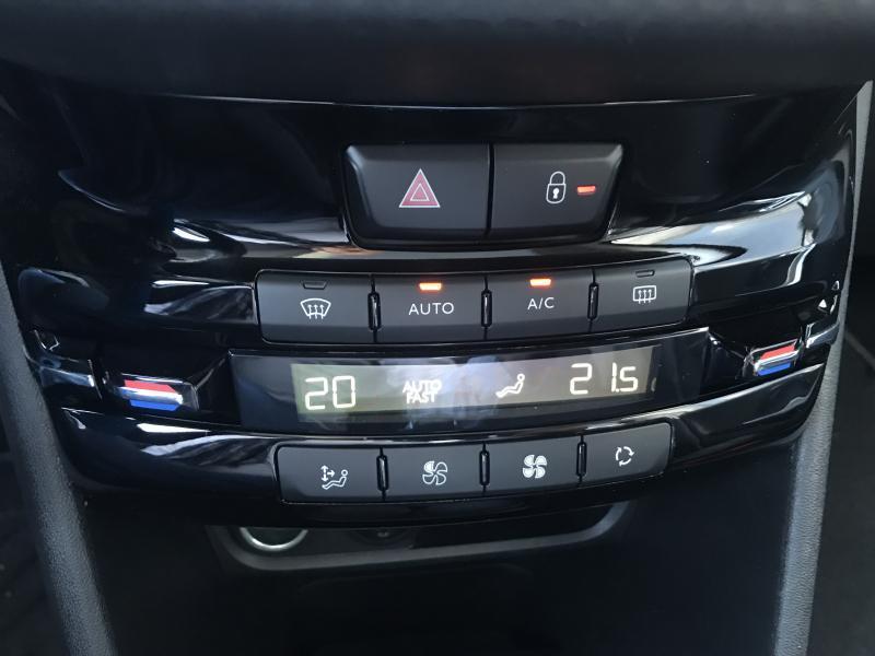 Peugeot 2008 Allure 1.2 110 pk 7/15