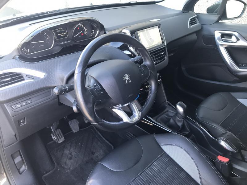 Peugeot 2008 Allure 1.2 110 pk 8/15