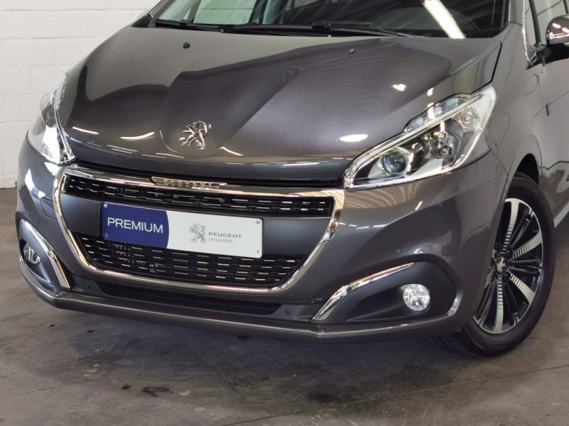 Peugeot 208 Tech Edition 1.2 PureTech 110pk S&S 7/32
