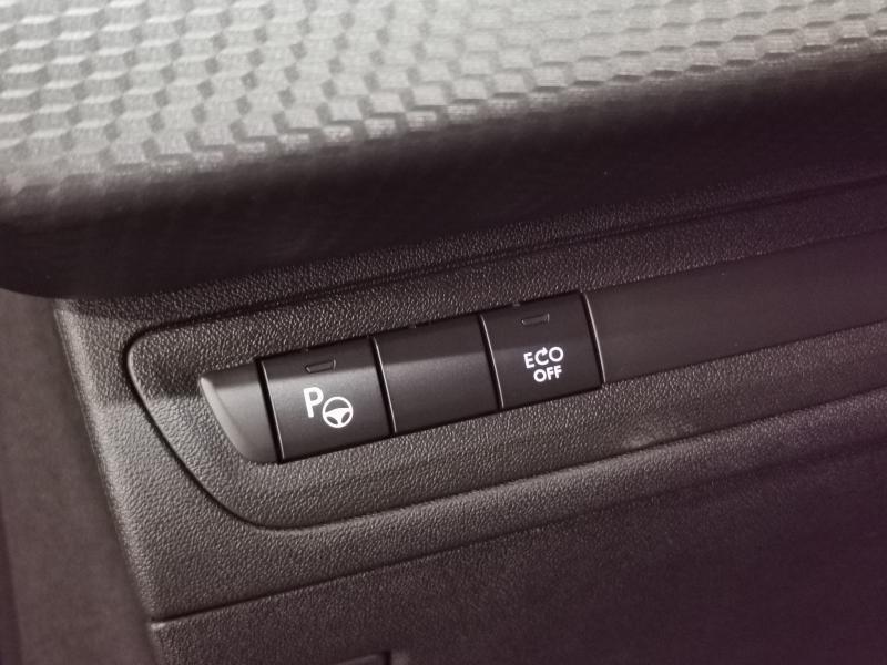 Peugeot 208 Tech Edition 1.2 PureTech 110pk S&S 23/32