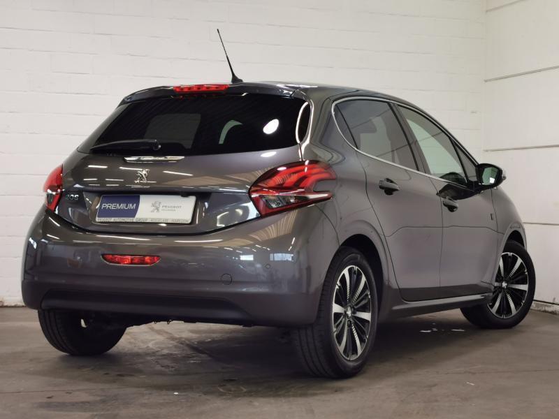 Peugeot 208 Tech Edition 1.2 PureTech 110pk S&S 3/32