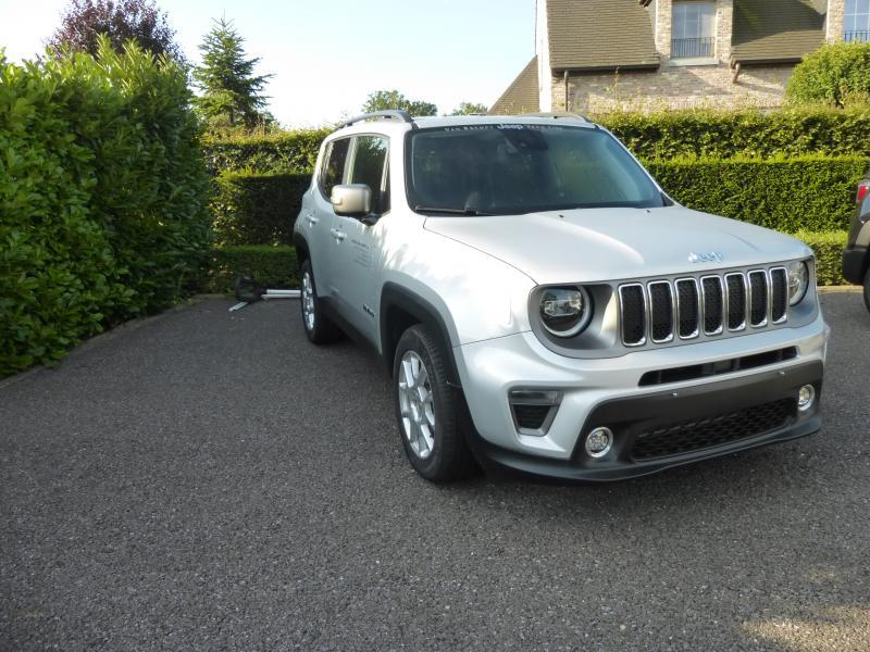 Jeep Renegade LIMITED 1.0 999 120 pk 3/9