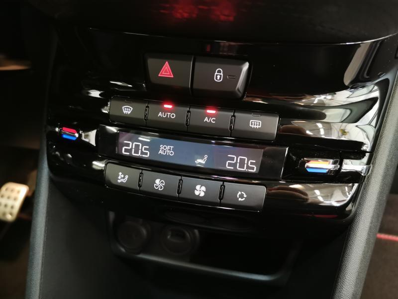 Peugeot 2008 GT-Line 1.5 BlueHDi 100pk S&S 21/33