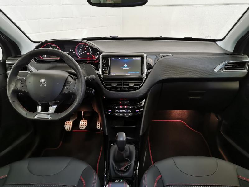 Peugeot 2008 GT-Line 1.5 BlueHDi 100pk S&S 2/33