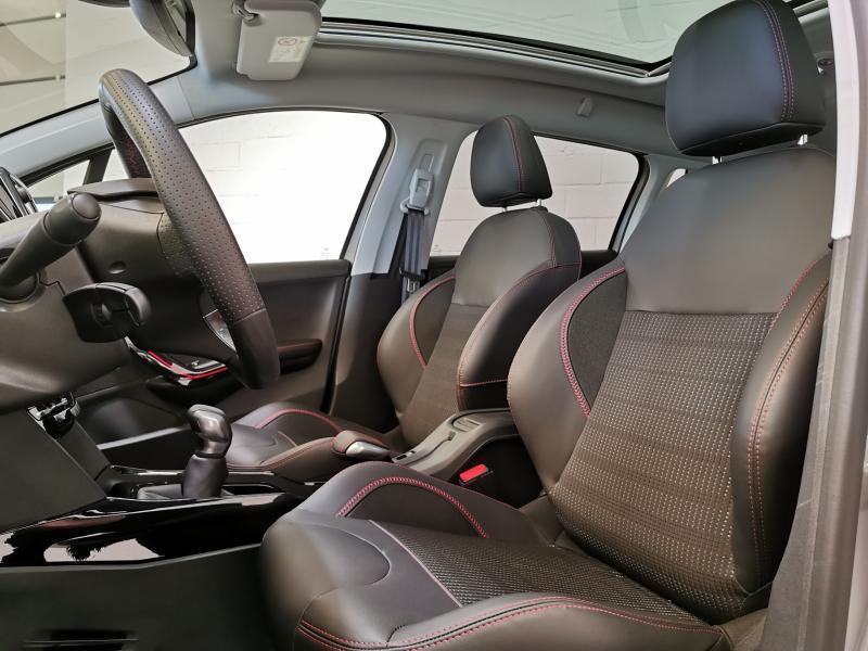 Peugeot 2008 GT-Line 1.5 BlueHDi 100pk S&S 11/33