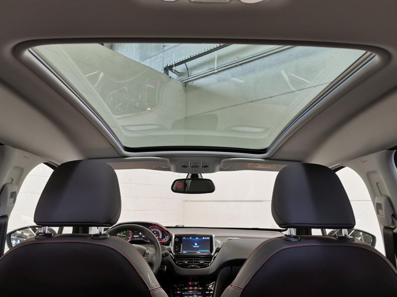 Peugeot 2008 GT-Line 1.5 BlueHDi 100pk S&S 12/33