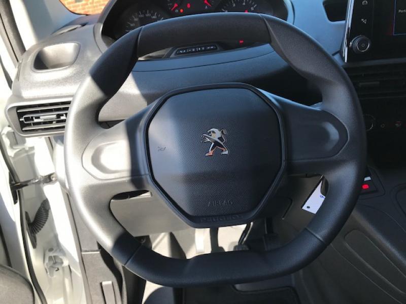 Peugeot Partner Premium 1.2 PureTech 110pk S&S 10/20