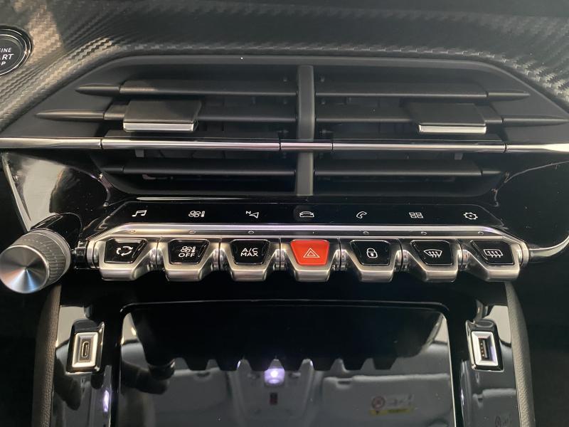 Peugeot 2008 allure 1.2 puretech 100 11/24