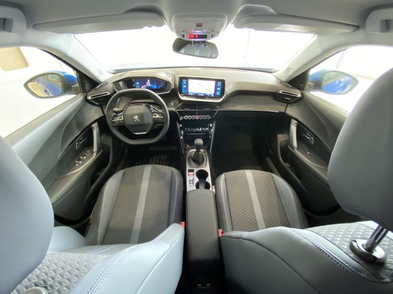 Peugeot 2008 allure 1.2 puretech 100 10/24