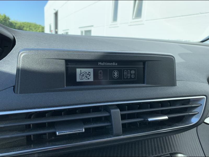 Peugeot 3008 II Access 17/20