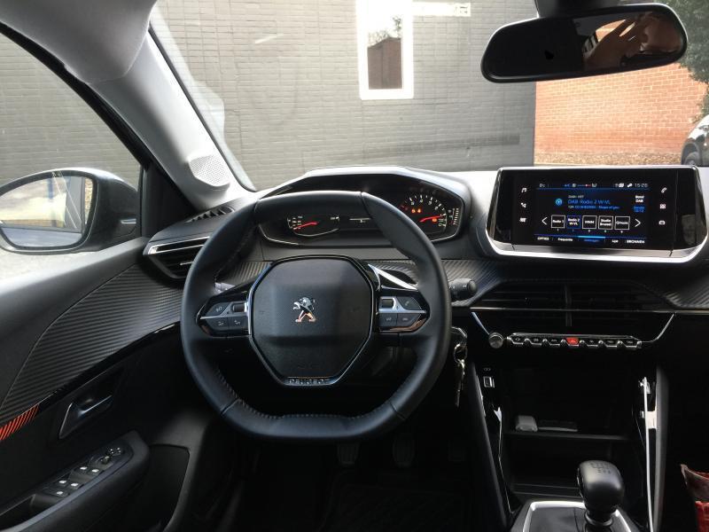 Peugeot 208 Active 15/15
