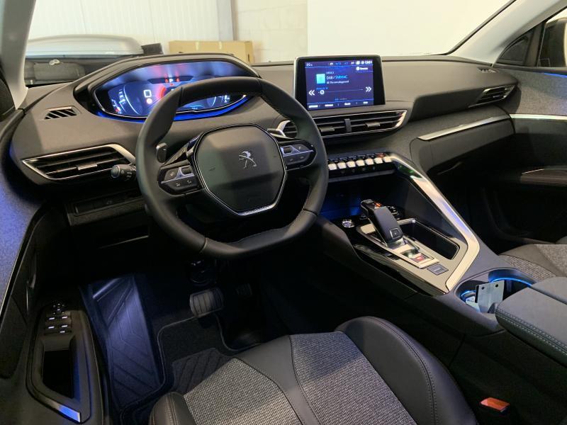 Peugeot 3008 Allure 1.5 BlueHdi 130 EAT8 Disponible dès le 18/01/2020 2/11