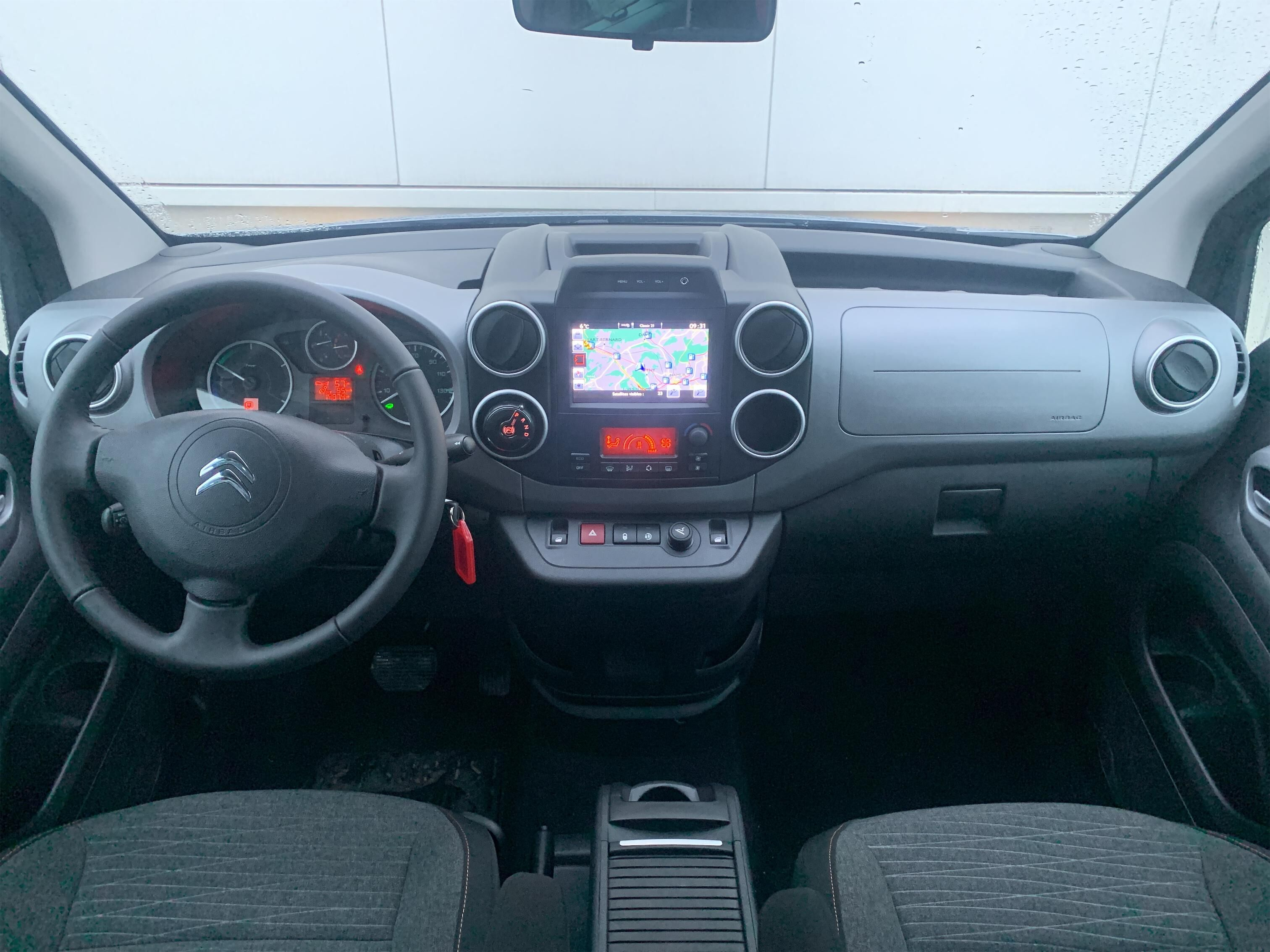 Citroen Berlingo ELECTRIC SHINE 4/10