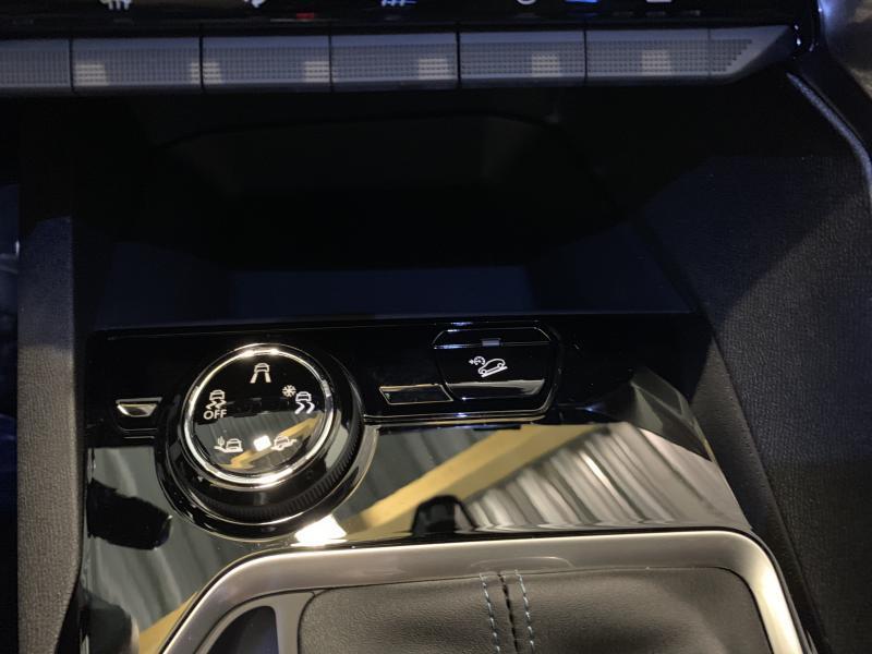Peugeot 3008 Crossway 1.2 PureTech 130 12/12